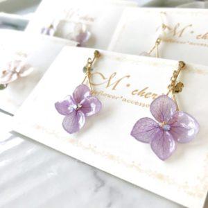 委託販売,レジュフラワー,紫のイヤリング